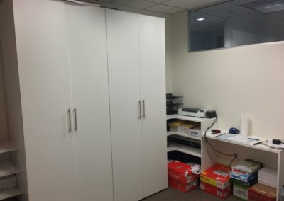 closet-stretchers-commercial-office-img_3575