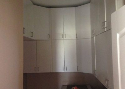 closet-strechers-laundry-room-25