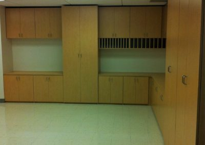 closet-stretchers-commercial-office-img_2741