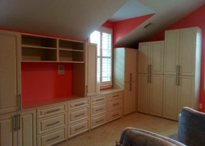 closet-stretchers-hobby-rooms-15