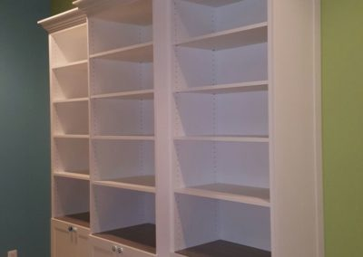 closet-stretchers-library-img_3621
