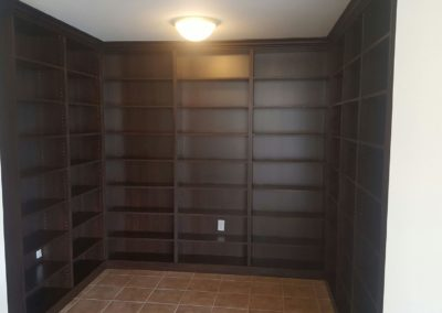 closet-stretchers-library-img_8737