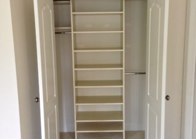 closet-stretchers-reach-in-img_1044
