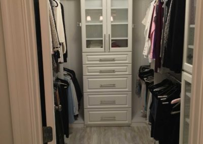 the-closet-stretchers-walk-in-img_1751