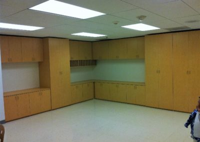 closet-stretchers-commercial-office-img_2742
