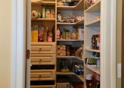 closet-stretchers-pantry-5