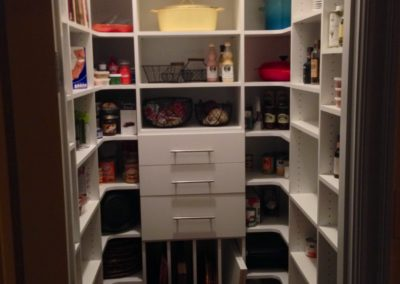 closet-stretchers-pantry-6