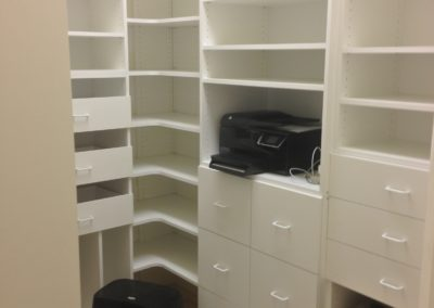 closet-stretchers-pantry-img_0219