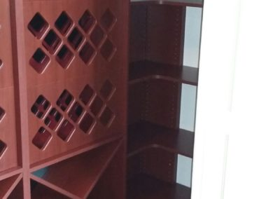 closet-stretchers-wine-storage-img_8739