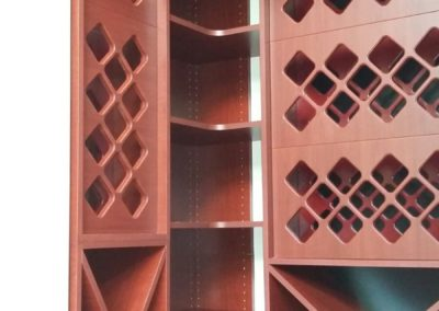 closet-stretchers-wine-storage-img_8740