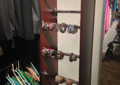 closet-stretchers-jewelry-bracelet-racks